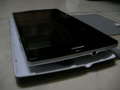 f-phone รุ่น F823