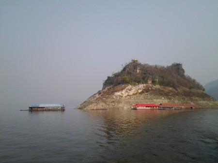 เกาะวัดพระพุทธบาทเขาหนาม